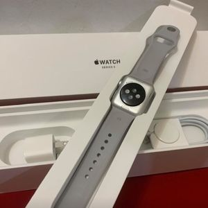 Apple Watch Series 3 Silver 38mm (CHECK COMMENTS)